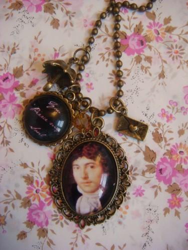 capitaine wentworth,persuasion,jane austen,collier,sautoir,bijoux